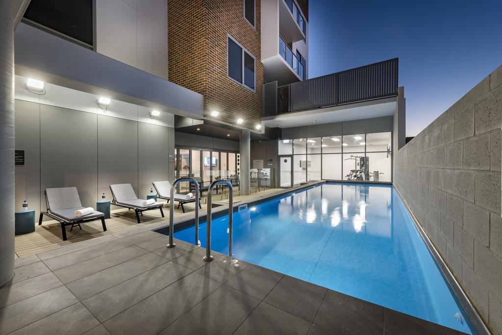 Pool at Quest Apartments Midland